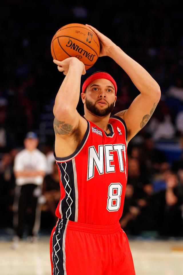 ORLANDO, FL - FEBRUARY 25:  Deron Williams of the New Jersey Nets competes during the Taco Bell Skills Challenge part of 2012 NBA All-Star Weekend at Amway Center on February 25, 2012 in Orlando, Florida.  NOTE TO USER: User expressly acknowledges and agrees that, by downloading and or using this photograph, User is consenting to the terms and conditions of the Getty Images License Agreement.  (Photo by Mike Ehrmann/Getty Images)