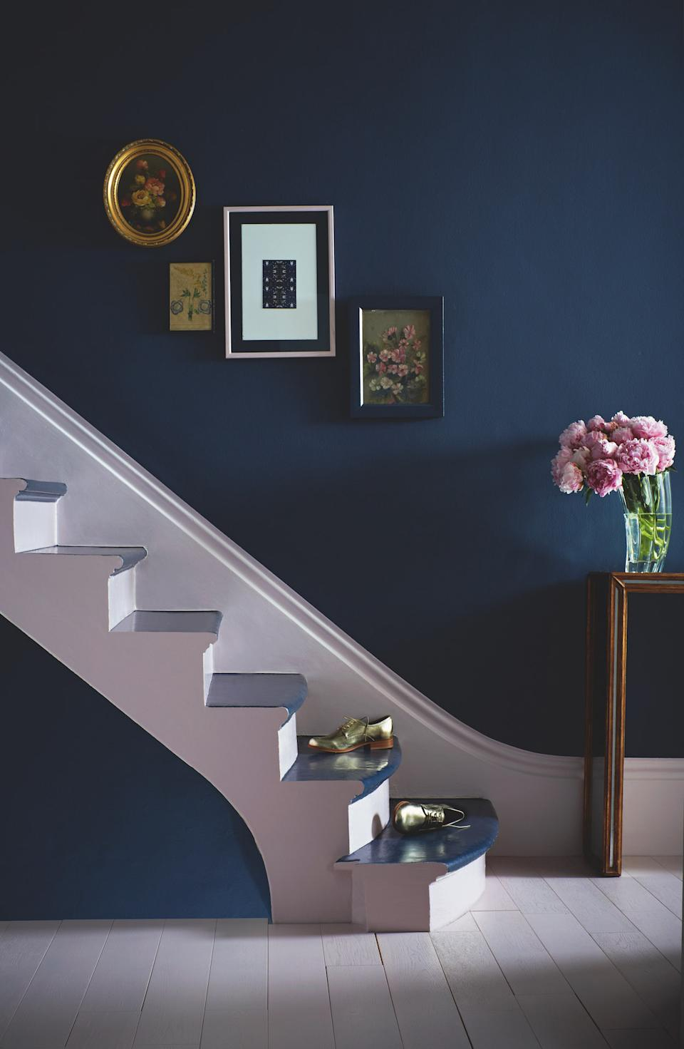 staircase ideas: painted staircase blue and white
