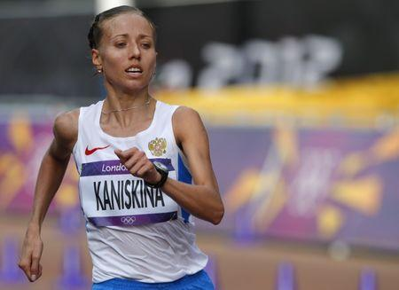 FILE PHOTO: Russia's Olga Kaniskina competes in the women's 20km race walk final at the London 2012 Olympic Games at The Mall August 11, 2012. REUTERS/Laszlo Balogh
