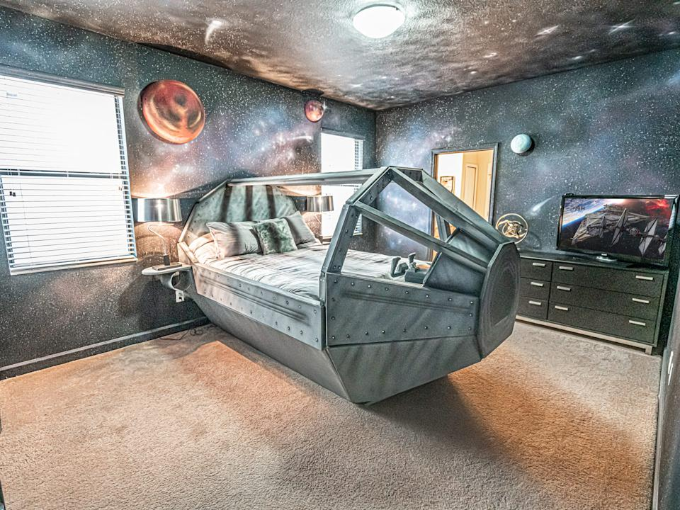 """The ceiling even has a galaxy on it. <p class=""""copyright"""">Loma Homes</p>"""
