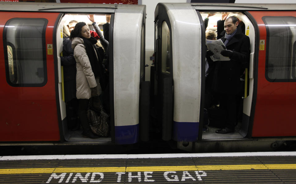 COVID lockdowns have battered TfL earnings. Photo: Andrew Winning/Reuters