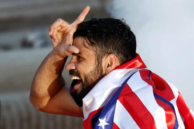 Soccer Football - Atletico Madrid Celebrate Winning The Europa League - Neptuno Square, Madrid, Spain - May 18, 2018 Atletico Madrid's Diego Costa gestures during the celebrations REUTERS/Juan Medina