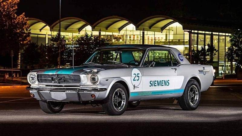 Ford Mustang 1965 autonome