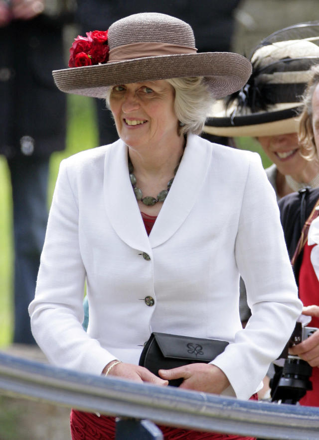 Lady Jane Fellowes at a 2012 wedding. (Photo: Indigo/Getty Images)