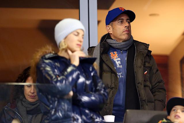 Jerry Seinfeld gets signed bat from Mets' rookie Pete Alonso on 'Seinfeld Night'