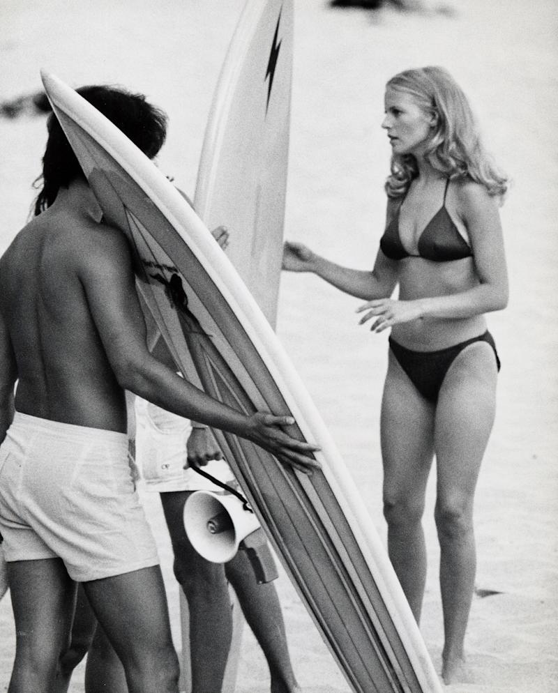 """Cheryl Ladd shooting an episode of """"Charlie's Angels."""" (Photo: Getty Images)"""