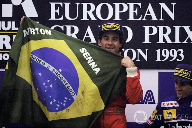 "Galvão Bueno: ""Ayrton Senna do Brasil!"" <span class=""copyright"">Sutton Motorsport Images</span>"