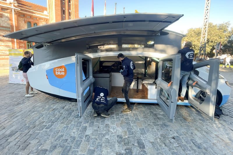 Students from Eindhoven's Technical University set up Stella Vita vehicle in Spain