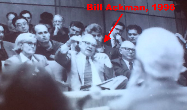 A young Bill Ackman sat behind Warren Buffett and Charlie Munger at The Buffett Essays Symposium in New York in October 1996.