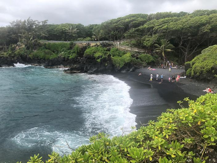 Waiʻānapanapa State Park, a major attraction on the road to Hana on the Hawaiian island of Maui, now requires advance reservations and charges for entry and parking.