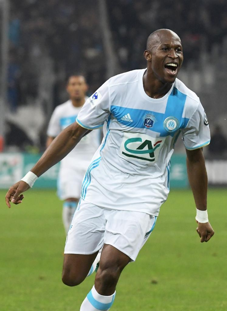 Olympique de Marseille's defender Rod Fanni celebrates after scoring a goal during the French Cup football match against Lyon January 31, 2017 (AFP Photo/ANNE-CHRISTINE POUJOULAT)