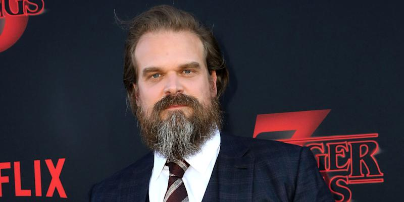 Heres Why Fans Are Criticizing Hopper In Stranger Things 3