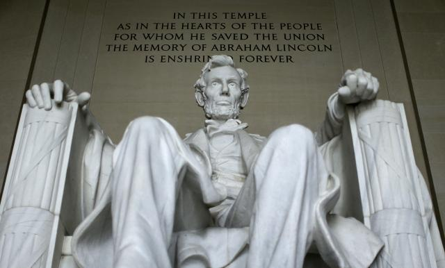 President Abraham Lincoln's statue at the Lincoln Memorial in Washington. (Photo: Gary Cameron/Reuters)