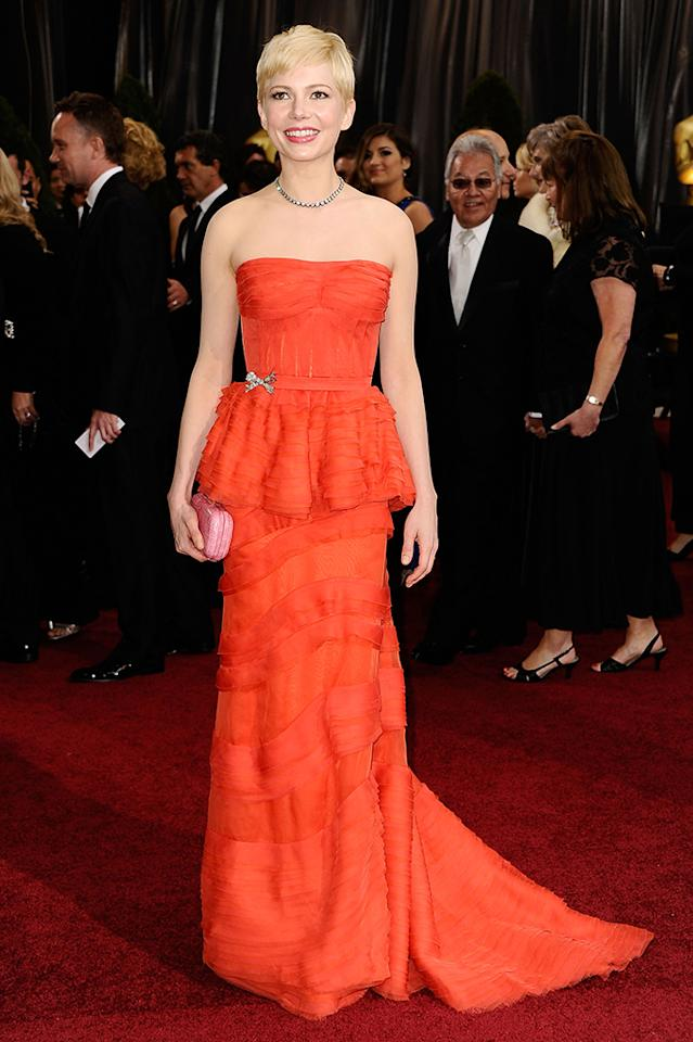 Michelle Williams arrives at the 84th Annual Academy Awards held at the Hollywood & Highland Center on February 26, 2012 in Hollywood, California.  (Photo by Frazer Harrison/Getty Images)