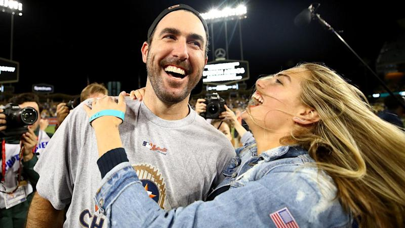 Kate Upton and Justin Verlander Make Adorable First Appearance as Newlyweds