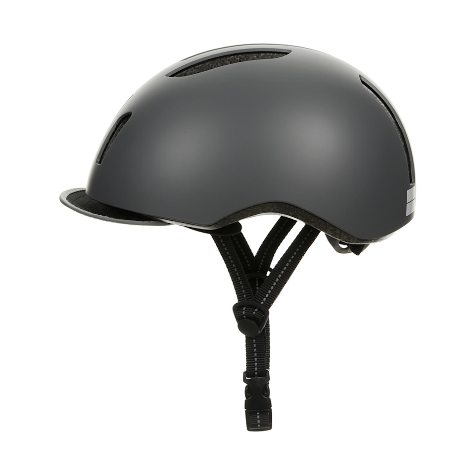 """<p><strong>How much? </strong>£25 </p><p>Designed for cycle commuters, this helmet has reflective highlights on the helmet, straps and visor, and a tough and durable ABS shell. </p><p><strong>Sizing: </strong>Unisex, 54-58cm</p><p><strong><a class=""""body-btn-link"""" href=""""https://go.redirectingat.com?id=127X1599956&url=https%3A%2F%2Fwww.halfords.com%2Fcycling%2Fbike-helmets%2Fadult-bike-helmets%2Fhalfords-urban-helmet-252110.html&sref=https%3A%2F%2Fwww.womenshealthmag.com%2Fuk%2Fgym-wear%2Fg32808172%2Fbest-bike-helmets%2F"""" target=""""_blank"""">SHOP NOW</a></strong></p>"""