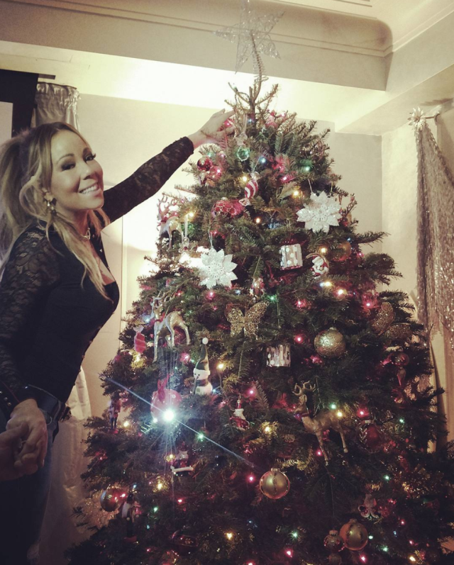 "<p>The songstress showed off on Instagram the blinged-out tree that she <a href=""https://www.instagram.com/p/BcRCc03nbwY/?hl=en&taken-by=mariahcarey"" rel=""nofollow noopener"" target=""_blank"" data-ylk=""slk:picked out with her twins"" class=""link rapid-noclick-resp"">picked out with her twins</a>, Moroccan and Monroe. No audio accompanied the photo, but it's easy to imagine that ""All I Want for Christmas Is You"" is blasting in the background. (Photo: <a href=""https://www.instagram.com/p/BcRRPXrn6Dd/?hl=en&taken-by=mariahcarey"" rel=""nofollow noopener"" target=""_blank"" data-ylk=""slk:Mariah Carey via Instagram"" class=""link rapid-noclick-resp"">Mariah Carey via Instagram</a>) </p>"