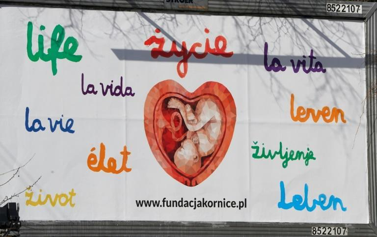 Crucial support for pregnant women with severe foetal defects is on hand in Polish perinatal hospices but many people are unaware of them