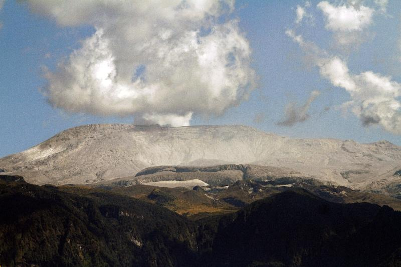 The Nevado del Ruiz volcano, pictured on January 3, 2015, erupted in an ash cloud on Sunday, prompting authorities to temporarily close two airports in the area