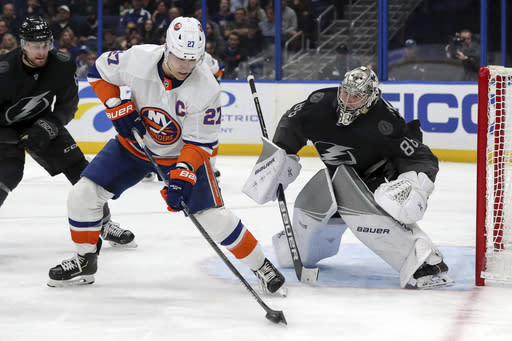 Lightning face adversity and Islanders in East final Game 6