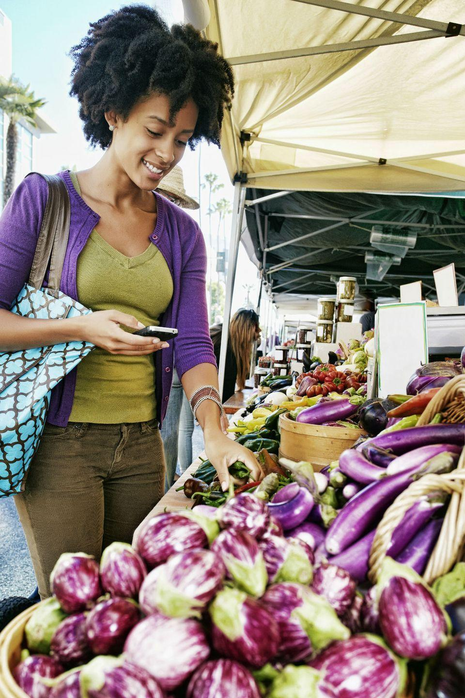 """<p>Get the freshest, in-season produce in your neck of the woods. </p><p><strong>RELATED: </strong><a href=""""https://www.countryliving.com/life/g3510/ways-to-make-the-most-of-the-farmers-market/"""" rel=""""nofollow noopener"""" target=""""_blank"""" data-ylk=""""slk:9 Ways to Shop Like a Pro at the Farmers' Market"""" class=""""link rapid-noclick-resp"""">9 Ways to Shop Like a Pro at the Farmers' Market</a></p>"""