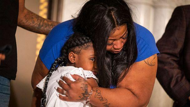 PHOTO: George Floyd's daughter Gianna Floyd, 6, gives her mother Roxie Washington a hug during a press conference, June 2, 2020, at Minneapolis City Hall. (Leila Navidi/Minneapolis Star Tribune via Newscom)