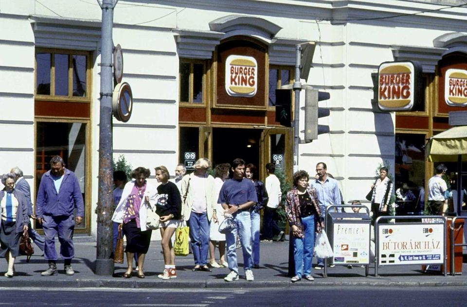 <p>With foot traffic all day, Burger King remains quite the food spot seen here in 1994.</p>