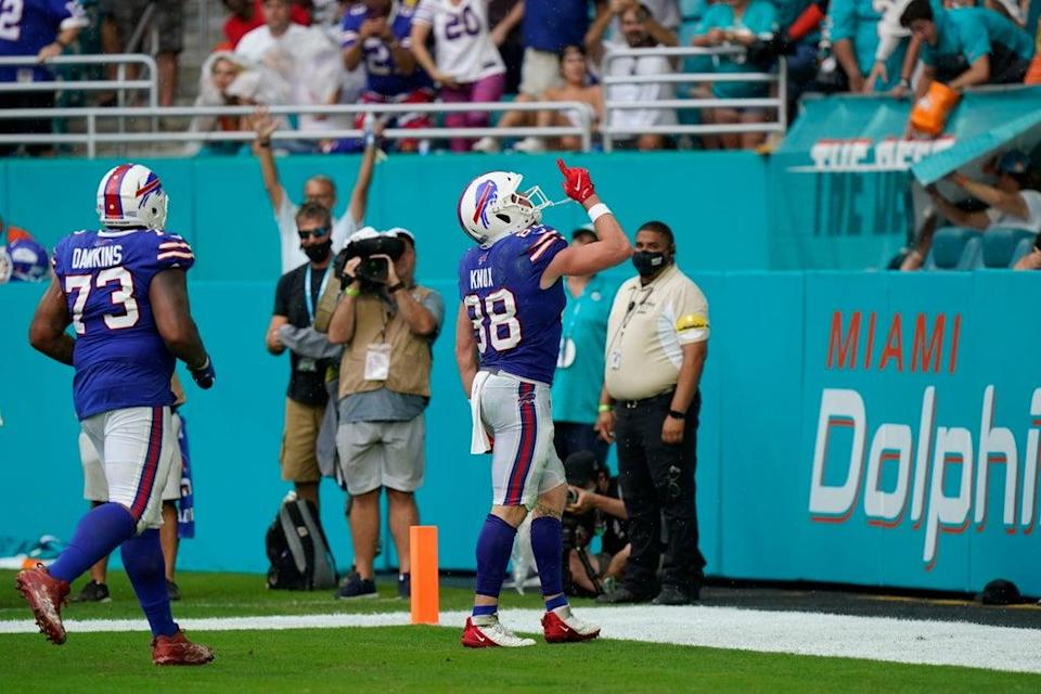 Buffalo Bills tight end Dawson Knox (88) celebrates during the 35-0 win over Miami Dolphins (Wilfredo Lee/AP/PA) (AP)