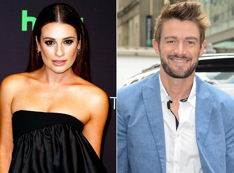 who is robert buckley currently dating Inbetweeners star james buckley is almost unrecognisable in his latest tv role  robert llewellyn's kryten  including scouring dating app tinder.