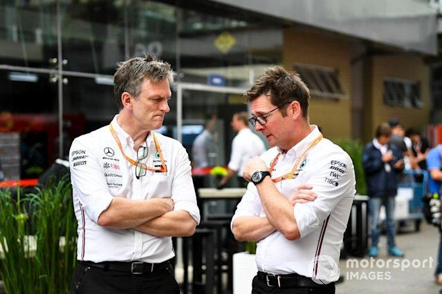 """James Allison, Technical Director, Mercedes AMG e Andrew Shovlin, Chief Race Engineer, Mercedes AMG <span class=""""copyright"""">Mark Sutton / Motorsport Images</span>"""