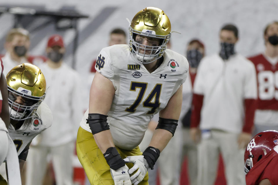 Notre Dame offensive lineman Liam Eichenberg played well against Alabama in the Rose Bowl. (AP Photo/Michael Ainsworth)