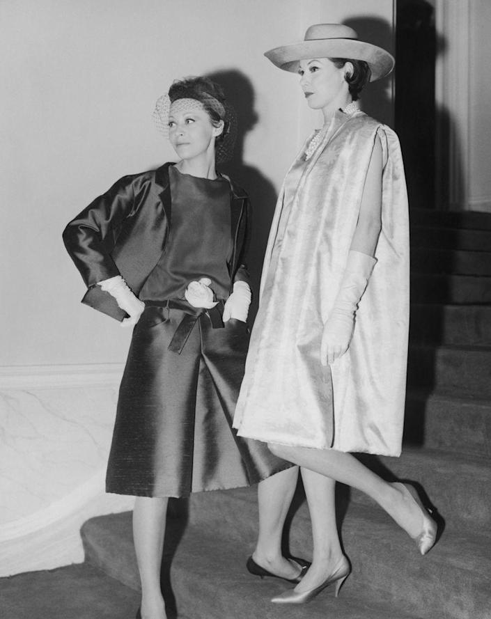 <p>Silky trapeze silhouettes are the newest trend to blow up in 1961.</p>