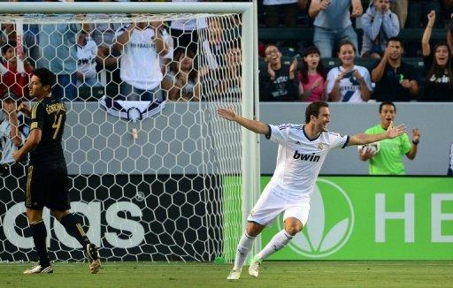 Gonzalo Higuain (right) celebrates his opening goal