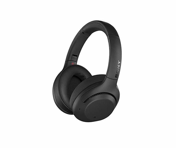 """<p><strong>Sony</strong></p><p>amazon.com</p><p><strong>$299.99</strong></p><p><a href=""""https://www.amazon.com/dp/B07G4MNFS1?tag=syn-yahoo-20&ascsubtag=%5Bartid%7C10060.g.24445809%5Bsrc%7Cyahoo-us"""" rel=""""nofollow noopener"""" target=""""_blank"""" data-ylk=""""slk:Shop Now"""" class=""""link rapid-noclick-resp"""">Shop Now</a></p><p>The <a href=""""https://www.popularmechanics.com/technology/gadgets/g24064386/best-headphones/"""" rel=""""nofollow noopener"""" target=""""_blank"""" data-ylk=""""slk:noise-cancelling technology"""" class=""""link rapid-noclick-resp"""">noise-cancelling technology</a> in Sony's WH100XM3 wireless headphones is the best in the industry. Plus, they have 30-day battery life, easy touch controls, and a compact travel case.</p>"""