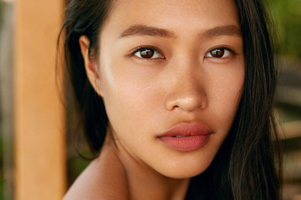 What to Know About Lip Flips