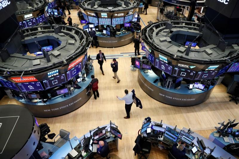 U.S. finance industry says markets must stay open during epidemic