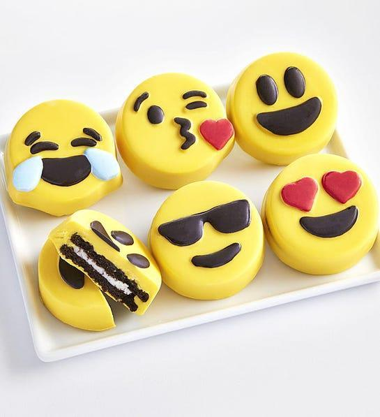 """<h2>Emoticon OREO® Cookies</h2><br><strong>Best For: Best Friend With Kids<br>Budget: $25</strong><br>For something your BFF will enjoy sharing with her kids, send a big smile (and bit <em>too </em>much sugar) their way with these silly and delicious emoji-inspired confections dipped Oreo cookies. <br><br><em>Shop </em><a href=""""https://www.1800flowers.com/Gift-Baskets-Food"""" rel=""""nofollow noopener"""" target=""""_blank"""" data-ylk=""""slk:1-800Flowers.com"""" class=""""link rapid-noclick-resp""""><strong><em>1-800Flowers.com</em></strong></a><br><br><strong>1800 Flowers</strong> Emoticon OREO® Cookies, $, available at <a href=""""https://go.skimresources.com/?id=30283X879131&url=https%3A%2F%2Fwww.1800flowers.com%2Femoji-oreo-cookies-162341"""" rel=""""nofollow noopener"""" target=""""_blank"""" data-ylk=""""slk:1800 Flowers"""" class=""""link rapid-noclick-resp"""">1800 Flowers</a>"""