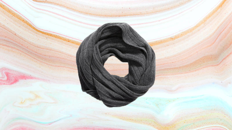 An endless swirl of cashmere. Will she like it? Duh! (Photo: Nordstrom)