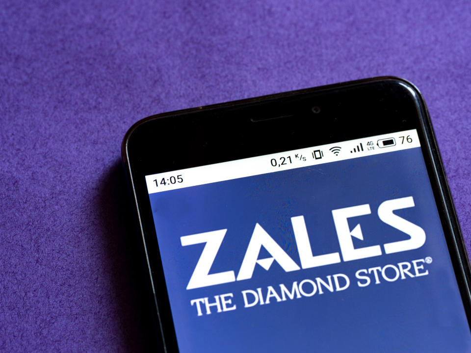 UKRAINE - 2020/09/15: In this photo illustration a Zales logo seen displayed on a smartphone. (Photo Illustration by Igor Golovniov/SOPA Images/LightRocket via Getty Images)