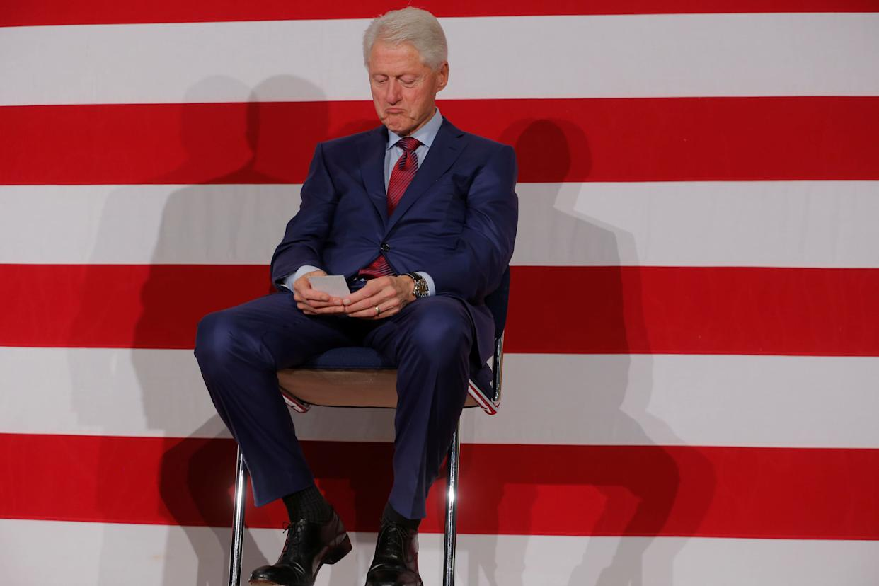 Former U.S. President Bill Clinton takes part in a campaign event for Philip Murphy, the Democratic Party nominee for governor of New Jersey, in Paramus, New Jersey, on Oct. 24. (Photo: Lucas Jackson / Reuters)