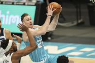 Charlotte Hornets forward Gordon Hayward drives to the basket against the Minnesota Timberwolves during the second half of an NBA basketball game in Charlotte, N.C., Friday, Feb. 12, 2021. (AP Photo/Nell Redmond)