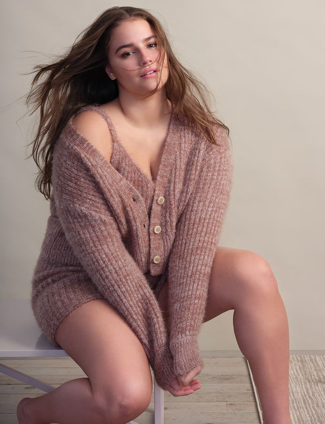 """<br><br><strong>Eloquii</strong> Cropped Fuzzy Cardigan, $, available at <a href=""""https://go.skimresources.com/?id=30283X879131&url=https%3A%2F%2Fwww.eloquii.com%2Fcropped-fuzzy-cardigan%2F1073060.html"""" rel=""""nofollow noopener"""" target=""""_blank"""" data-ylk=""""slk:Eloquii"""" class=""""link rapid-noclick-resp"""">Eloquii</a>"""