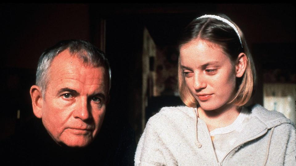 Ian Holm and Sarah Polley in 'The Sweet Hereafter'. (Credit: Fine Line Features)