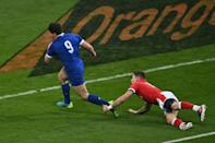 Dulin put up a clever chip over the Wales defence, Jalibert catching and passing on to halfback partner Antoine Dupont to go behind the sticks
