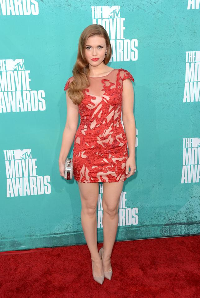 UNIVERSAL CITY, CA - JUNE 03:  Actress Holland Roden arrives at the 2012 MTV Movie Awards held at Gibson Amphitheatre on June 3, 2012 in Universal City, California.  (Photo by Jason Merritt/Getty Images)