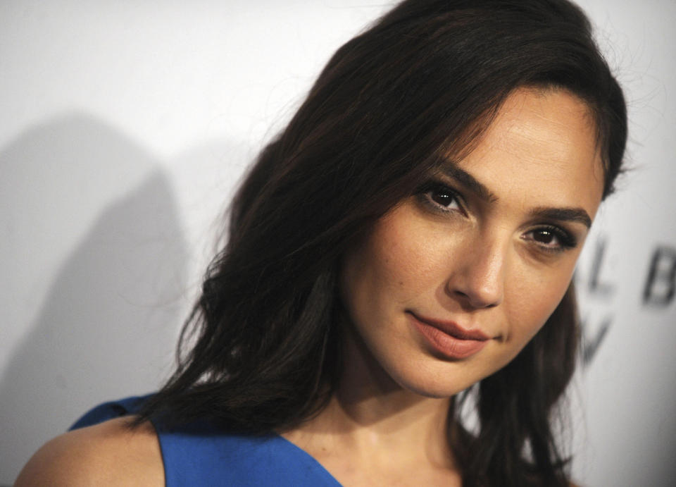 Photo by: Dennis Van Tine/STAR MAX/IPx 2021 5/11/21 Gal Gadot says Joss Whedon threatened her career while on the set of 'Justice League'. STAR MAX File Photo: 1/9/18 Gal Gadot at The National Board of Review Annual Awards Gala (NBR) in New York City.