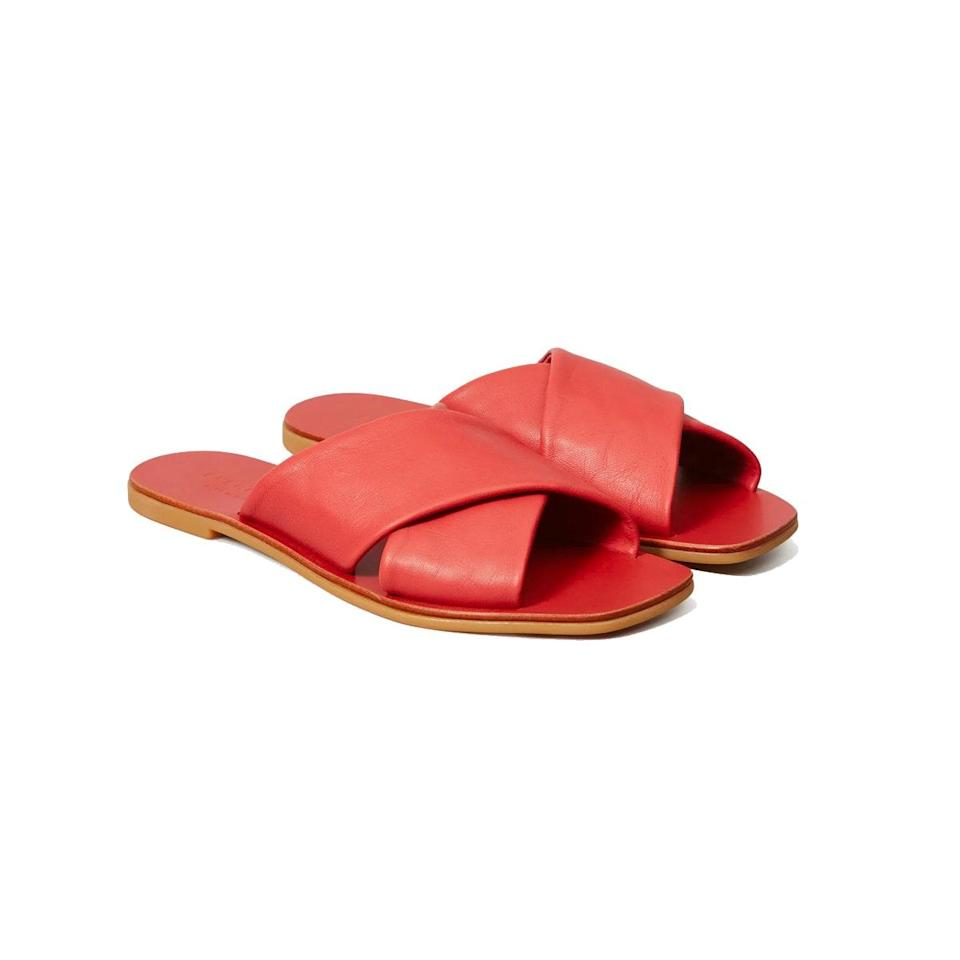 "$88, Everlane. <a href=""https://www.everlane.com/products/womens-square-crossover-sandal-sienna?collection=womens-shoes"" rel=""nofollow noopener"" target=""_blank"" data-ylk=""slk:Get it now!"" class=""link rapid-noclick-resp"">Get it now!</a>"