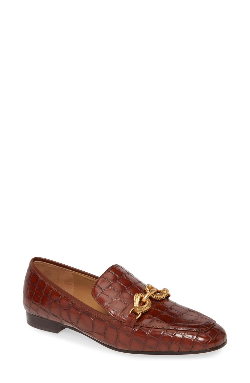 "<p><strong>Tory Burch </strong></p><p>nordstrom.com</p><p><strong>$348.00</strong></p><p><a href=""https://go.redirectingat.com?id=74968X1596630&url=https%3A%2F%2Fshop.nordstrom.com%2Fs%2Ftory-burch-jessa-loafer-women%2F5376062&sref=https%3A%2F%2Fwww.redbookmag.com%2Ffashion%2Fg35481981%2Fbest-loafers-for-women%2F"" rel=""nofollow noopener"" target=""_blank"" data-ylk=""slk:Shop Now"" class=""link rapid-noclick-resp"">Shop Now</a></p><p>Few shoes are quite as sophisticated as this Tory Burch pair. Wear them with camel-colored pants and an earth-toned chunky sweater to fully lean into the Upper East Side aesthetic. </p>"