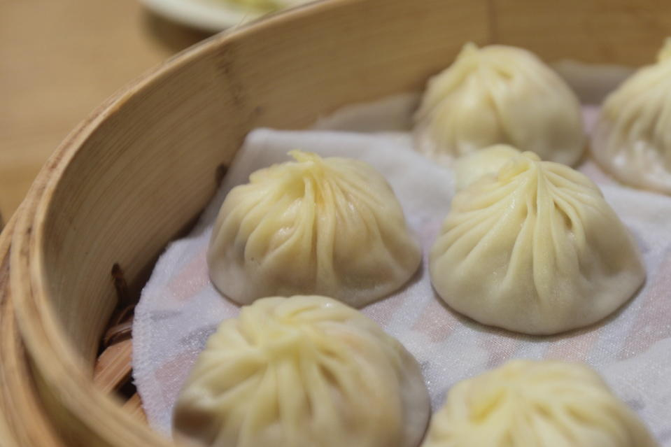 Looks yummy, taste good.We couldn't remember how many dumplings have we eaten here!