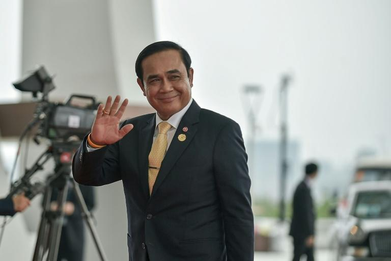 Thailand's Prime Minister Prayut Chan-O-Cha has for the first time confirmed  that civilian parties will be able to meet in the run up to the 2018 elections
